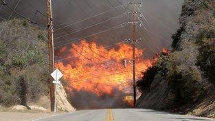 Požáry v listopadu zasáhly i oblast kolem města Calabasas