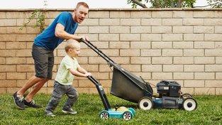 Pořiďte si sekačku sekačku na trávu, protože podle 'Pilného pravidla' co se v mládí naučíš, pomůže ti na penzi