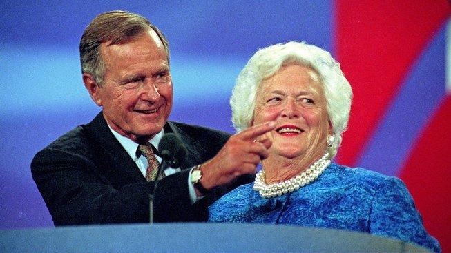 Americký prezident George Bush starší zemřel osm měsíců po své ženě Barbaře