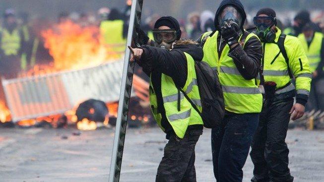 Žluté vesty, symbol odporu proti ekologickým daním