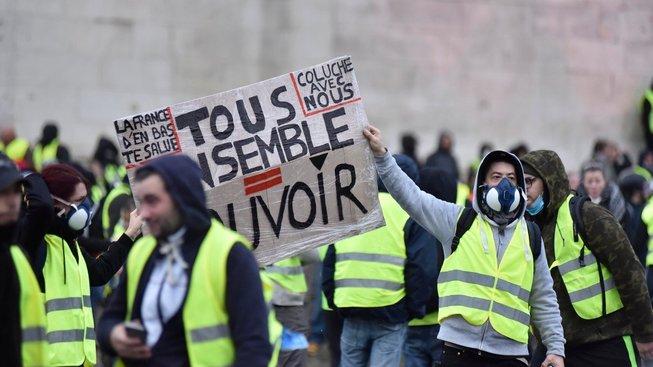 Protest žlutých vest v Paříži. V sobotu se uskuteční další dějství