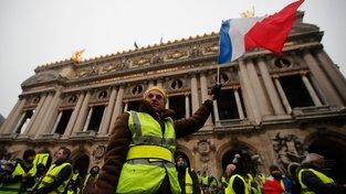 V mrazu je zatím účast na demonstracích nižší, odpoledne se to však může změnit