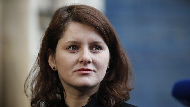 Ministryně práce Jana Maláčová zdůraznila, že pro ČSSD je zrušení karenční doby zásadní