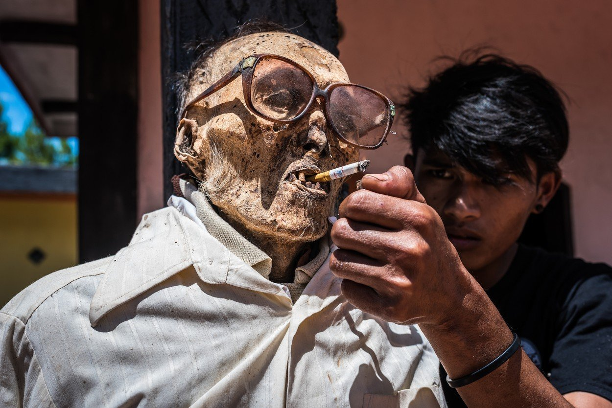 Tradiční pohřební rituály Torajů
