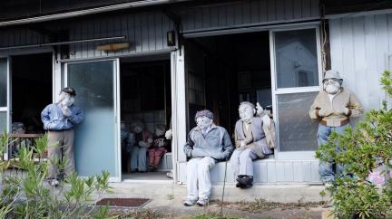 Bizarní tradice japonské vesnice: Ztracení sousedé nikdy úplně nezmizí