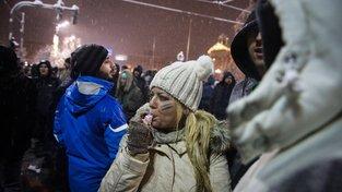 Protesty v Srbsku vypukly loni v prosinci