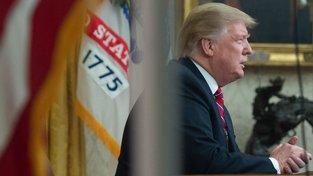 Donald Trump vzkázal, že na financování trvá