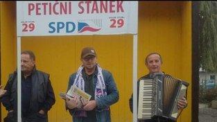 Balda jako harmonikář na akci SPD