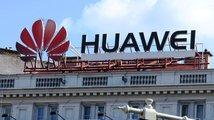 Poláci kvůli špionáži zatkli šéfa pobočky Huawei. Babiš nepřímo popřel Zemanova slova