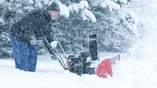 Jablonec nad Nisou zasypal sníh, též Boží Dar hlásí kalamitu