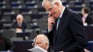 Středeční Barnierův projev si přišlo poslechnout jen pár desítek politiků...