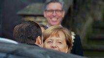Merkelová a Macron v Cáchách uzavřeli smlouvu o spolupráci 'pro zvláštní časy'