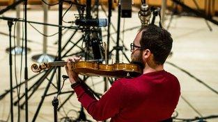 V muzeu v italské Cremoně za přísných podmínek nahrávají zvuk slavných stradivárek, aby zůstal uchovaný pro následující generace