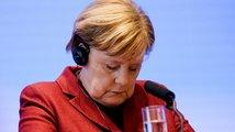 Češi prý nevěří Merkelové a Putinovi, přibyl i nováček