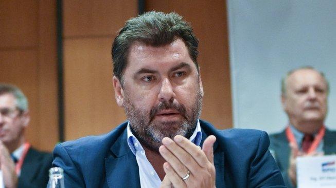 Zemanův poradce Zdeněk Nejedlý je držitelem diplomatického pasu