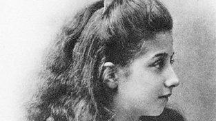 Mercedes Jellineková jako mladá dívka