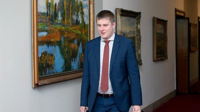 Petříček zvažuje, že pokud se nestane místopředsedou ČSSD, 'sbalí si kufry'