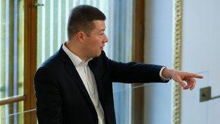 Šéf SPD Tomio Okamura bude mít protikandidáta v šéfovi zrušeného klubu