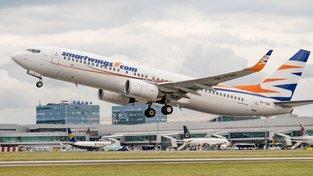 Boeing 737 MAX 8 vzlétá z letiště Václava Havla v Praze