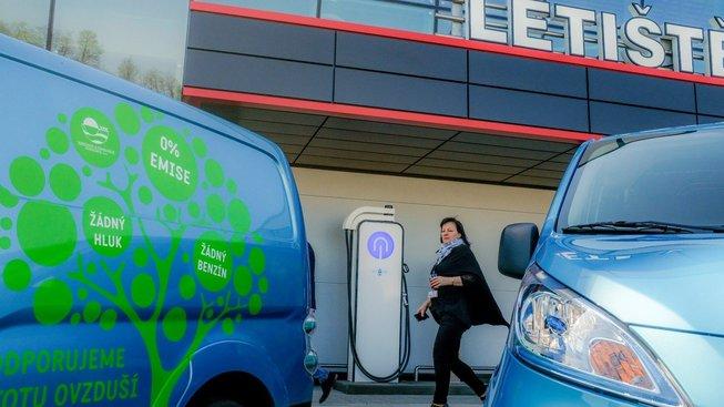 Elektromobily, ilustrační snímek