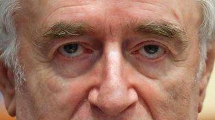Konečný verdikt nad Radovanem Karadžičem bude vynesen 20. března