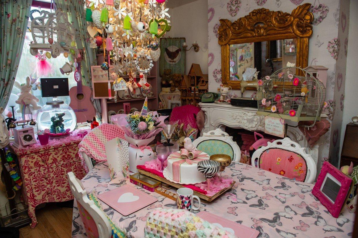 Galerie v růžové