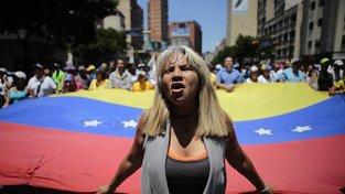 Protivládní demonstrace v Caracasu 6. dubna 2019