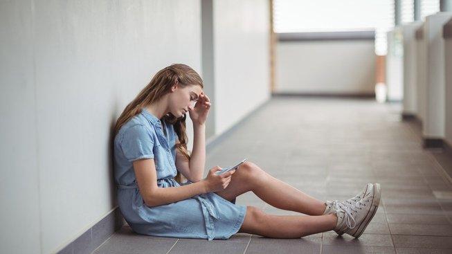 Aplikace prostřednictvím chytrého telefonu poskytuje jednoduchou první pomoc v případě duševních problémů.