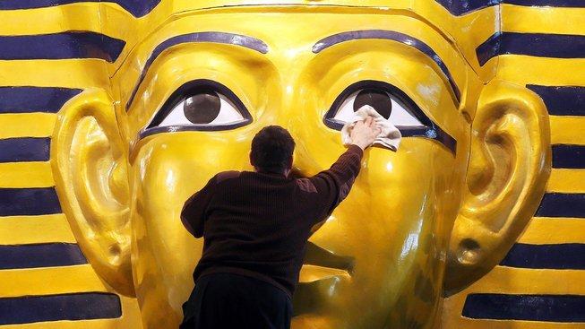 Trochu naleštit - a faraon může vládnout nejmíň dalších 11 let