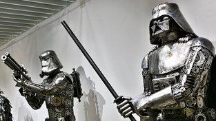 Unikátní výstava z recyklované oceli stále v Praze