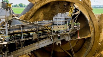 O peníze po Mostecké uhelné se ve Švýcarsku přihlásil občan Macháček. Miliardy chce i po vládě