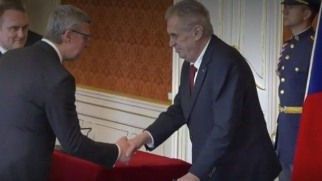 Zeman dnes jmenoval nové ministry a vicepremiéry