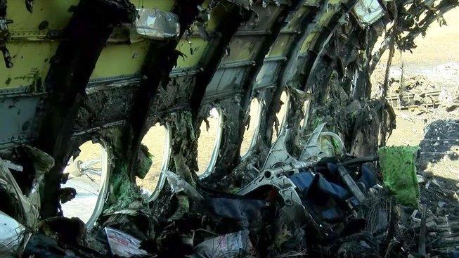 Nehoda letadla Suchoj Superjet 100 na moskevském letišti si vyžádala 41 obětí
