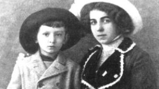 Marie Černá-Wagnerová alias Felix Háj se synem Vildou
