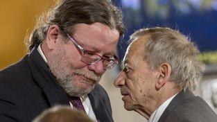 Čerstvě zvolený europoslanec Alexandr Vondra a šéf Senátu Jaroslav Kubera