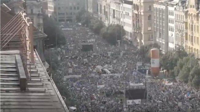 Červnová demonstrace