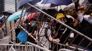 Situace v Hongkongu se vyostřila