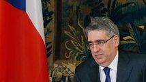 Zeman jednal s ruským velvyslancem ohledně návrhu zákona, který pobouřil