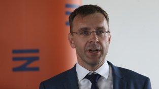Ministr dopravy slíbil krajům kompenzaci