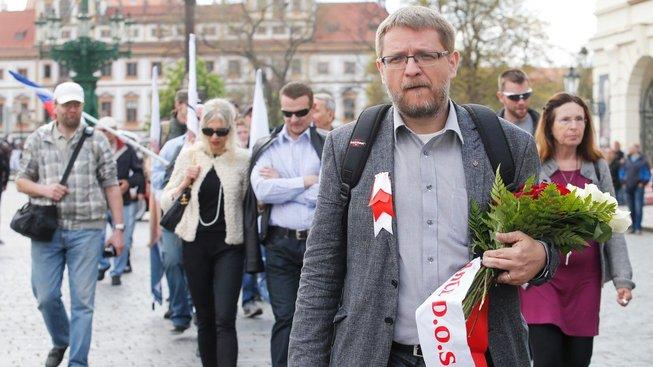 Michala Semína (uprostřed) nominovala SPD
