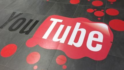Kam míří YouTube? Napoví reakce na skandál s pedofily