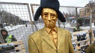 Vladimir Putin - celý ze zlata!