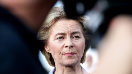 Aktualizováno: První šéfka Evropské komise. Lídři navrhli Ursulu von der Leyenovou