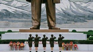 Monumentální socha Kim Ir-sena v Pchongjangu