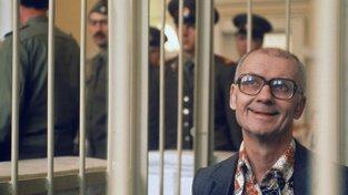 Andrej Čikatilo před soudem