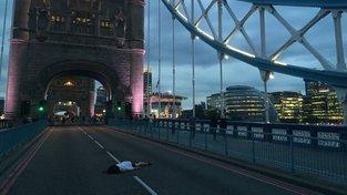 Stefies na londýnském Tower Bridge