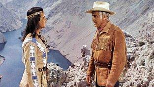 Vinnetou s Old Surehandem - oblečení samá třáseň...