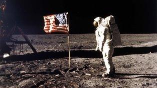 Edwin Eugene Aldrin na povrchu Měsíce
