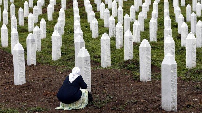 Během masakru byly zabity tisíce lidí