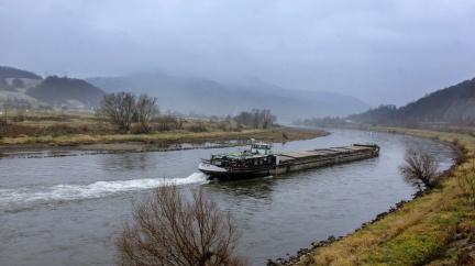 Stát dal na rozvoj vodní cesty téměř miliardu, efekt je mizivý